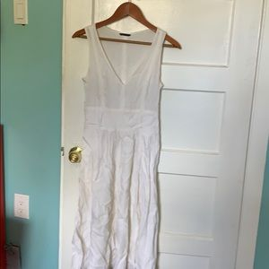 Theory white linen dress with belt